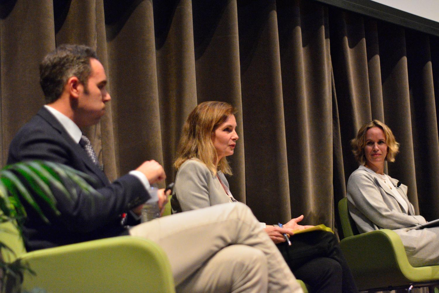 Noah Rachlin, Dean of Teaching and Learning, Melina Hale, University of Chicago vice provost and Elizabeth Kieff, psychiatrist and medical ethics faculty member, composed the wellness panel Oct. 29, held in Gordon Parks assembly hall.
