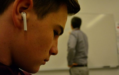 Audio audacity: Students use concealed earbuds to avoid authority