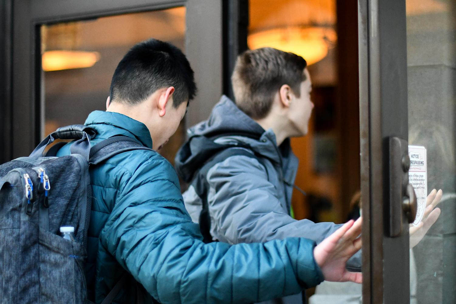 EARLY RISERS. Students walk into school 7:50 a.m., ten minutes before class. Many struggle with lack of sleep due to a heavy workload and packed schedule. For some, an 8 a.m. start plus a commute means waking up before sunrise each day.