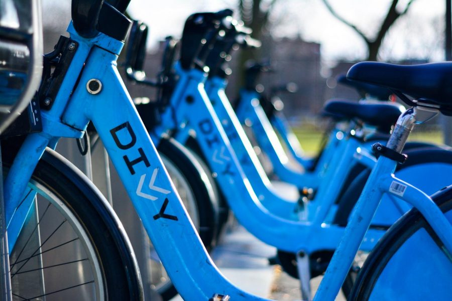 According to the Chicago Tribune, the City of Chicago plans to have 10,500 more bikes arrive by 2021.