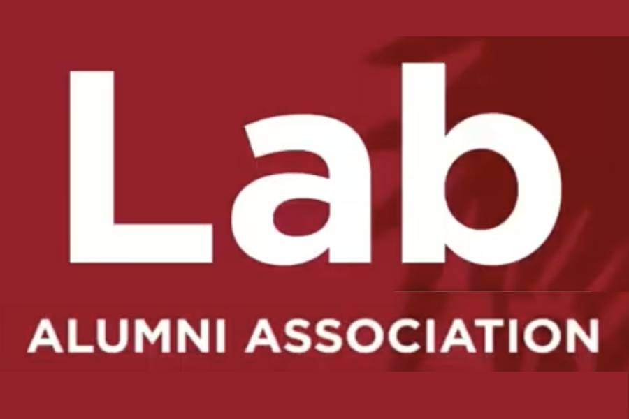 The+new+diversity%2C+equity+and+inclusion+committee+consisting+of+10+alumni+has+goals+of+launching+alumni+affinity+groups+and+connecting+underrepresented+groups+of+alumni+to+current+students+and+faculty.