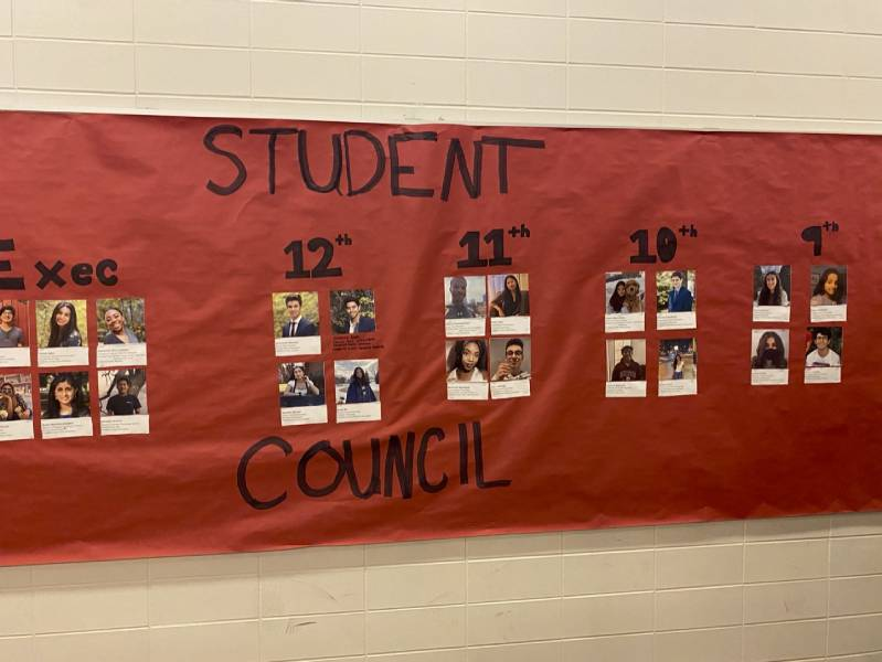 Activities planned by Student Council will introduce new students and ninth graders to Lab, while maintaining engagement with students who continue on distance learning.