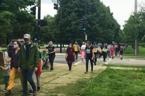 On June 1, members of the Laboratory Schools community protested police brutality on the Midway. Members of the Families for Antiracism group are involved with Monday marches on the Midway to get the Lab community involved in fighting for their rights.