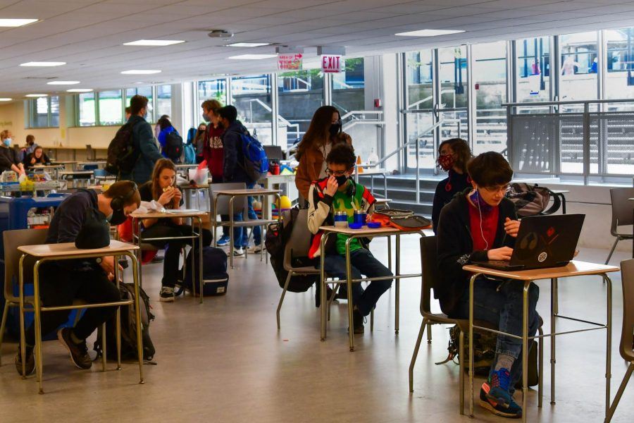 No longer filled with large tables designed for student gathering, the school cafeteria looks very different this year. Students report that these physical changes have impacted the social dynamic previously associated with the space.