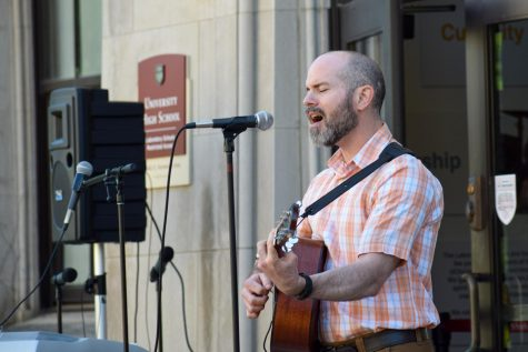 Computer science teacher Dan Wheadon sings at Labstock in 2019. Labstock will be held this Friday, June 4, from 2:30-5 p.m. on Kenwood Mall.